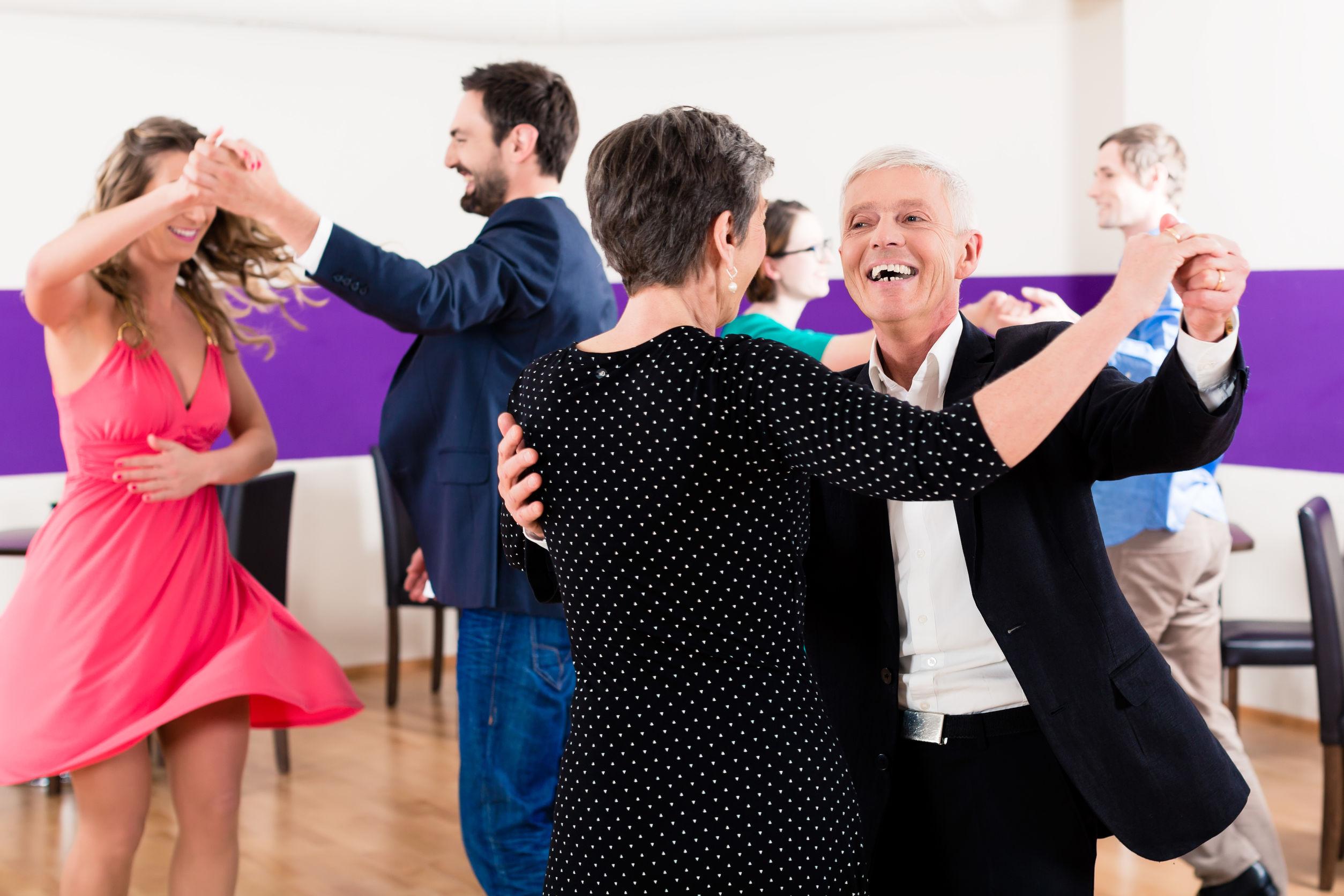 Tanzen für Erwachsene (Paare)