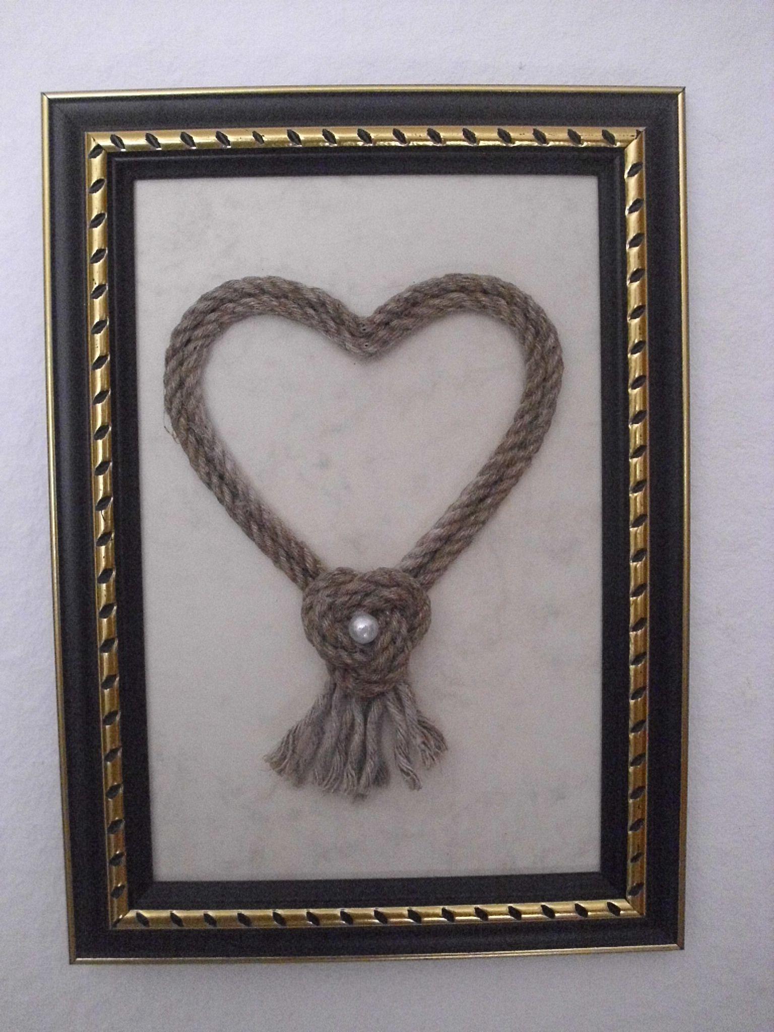 HERZ mit türkischem Bund und Kunstperle, gerahmt, ca. 13 x 18 cm, zum Beschriften geeignet, 12,95 €; Best.Nr. 010