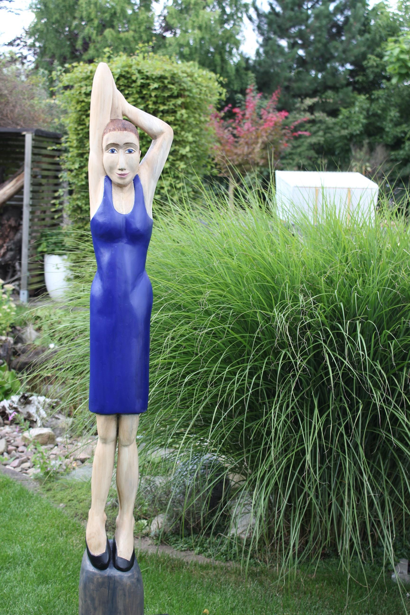 ANNA mit dem blauen Kleid